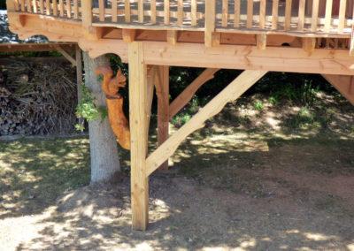 cabane-bois-ecureuil-normandieP1030790